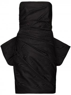 Платье мини без бретелей со сборками Solace London. Цвет: черный