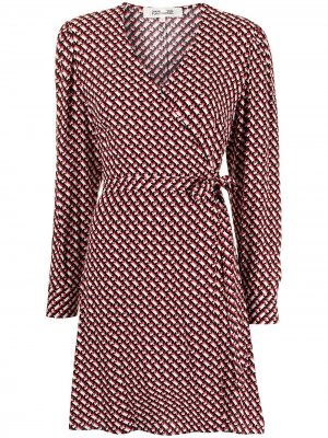 Платье Saville с запахом DVF Diane von Furstenberg. Цвет: красный