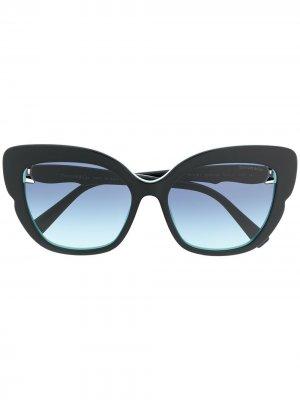 Солнцезащитные очки в массивной оправе Tiffany & Co Eyewear. Цвет: черный