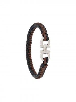 Плетеный браслет с декором Gancini Salvatore Ferragamo. Цвет: черный