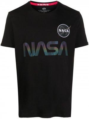 Футболка с принтом NASA Alpha Industries. Цвет: черный