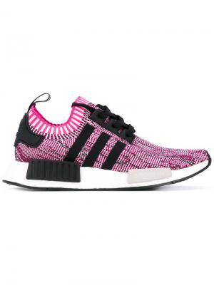 Кроссовки NMD_R1 Adidas. Цвет: розовый
