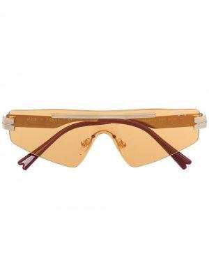 Солнцезащитные очки из коллаборации с Millie Bobby Brown Vogue Eyewear. Цвет: золотистый